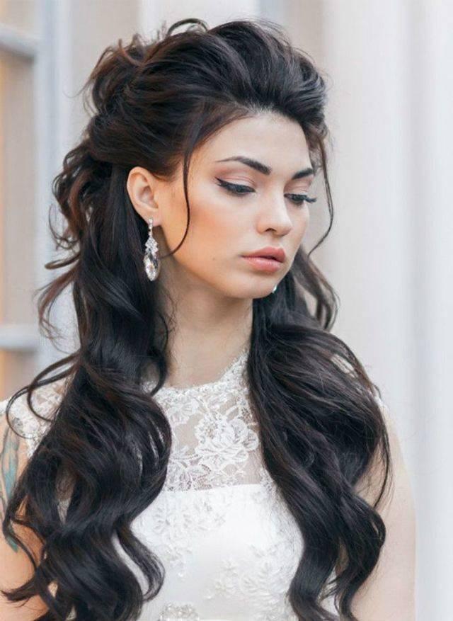 Прическа с начесом с накладными волосами