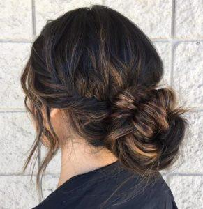 yuvarlak yüze saç kesimi 2019