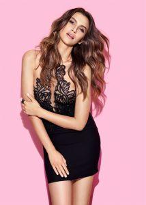 Leyla Lydia saç modeli