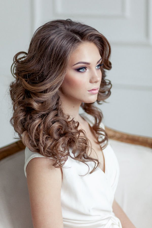 Maşalı abiye saç modelleri