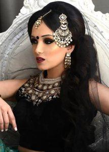 Hint düğünü saç modelleri