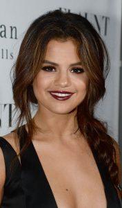 Selena gomez saç modelleri